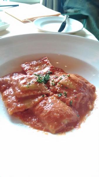 藍寶石公主號 - 義大利菠菜餃子