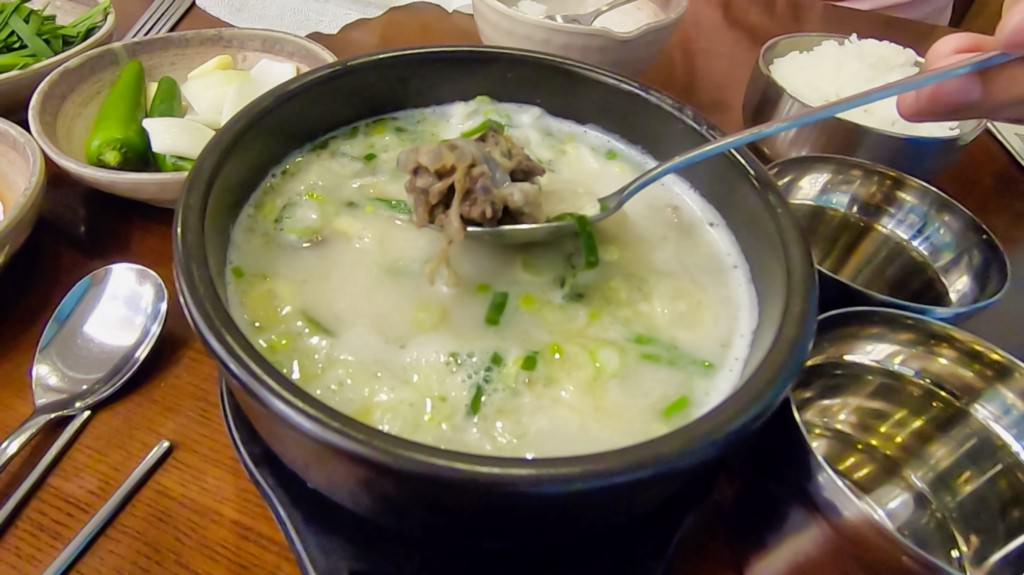釜山-宗家府豬肉湯飯
