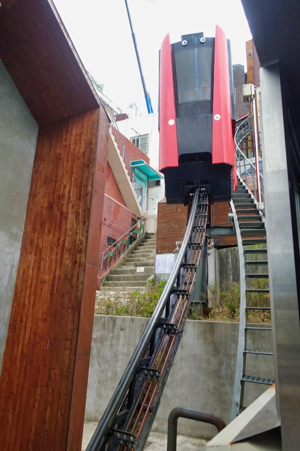 釜山-168 階梯
